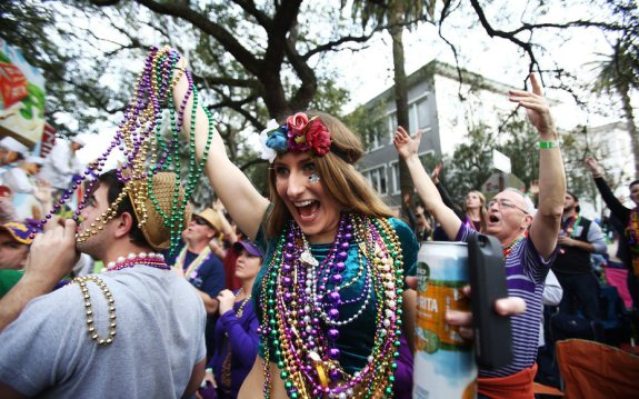 Mardi-Gras-Parade-New-Orleans
