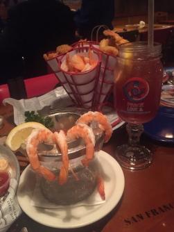 victoria peak, hong kong, the peak mall, bubba gump restaurant shrimps