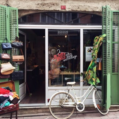rag and roll vintage store balat