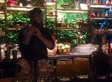 karakoy-finn-cocktail-bar
