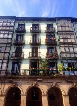 7-sokak-bolgesi-mimari-bilbao-ispanya-bask-bolgesi