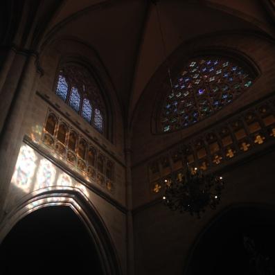 bilbao-katedrali-ic-detay-ispanya-bask-bolgesi