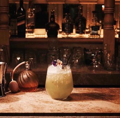 arnavutkoy-alexandra-cocktail-bar-istanbul