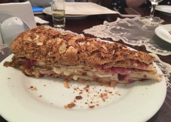 napolyon-rus-pastasi-ayaspasa-rus-lokantasi-beyaz-ruslar-istanbul-turkiye