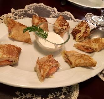 somon-blini-ayaspasa-rus-lokantasi-beyaz-ruslar-istanbul-turkiye