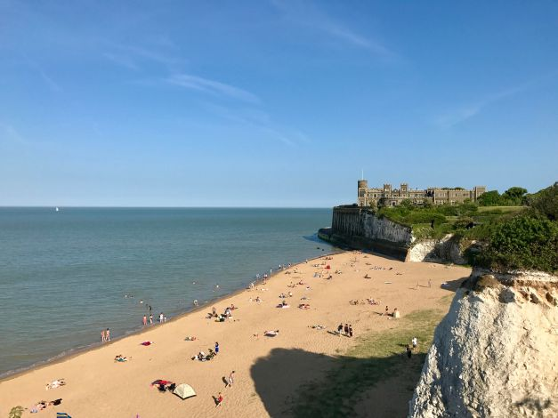 kingsgate bay, broadstairs, isle of thanet, kent, uk, ingiltere (2)