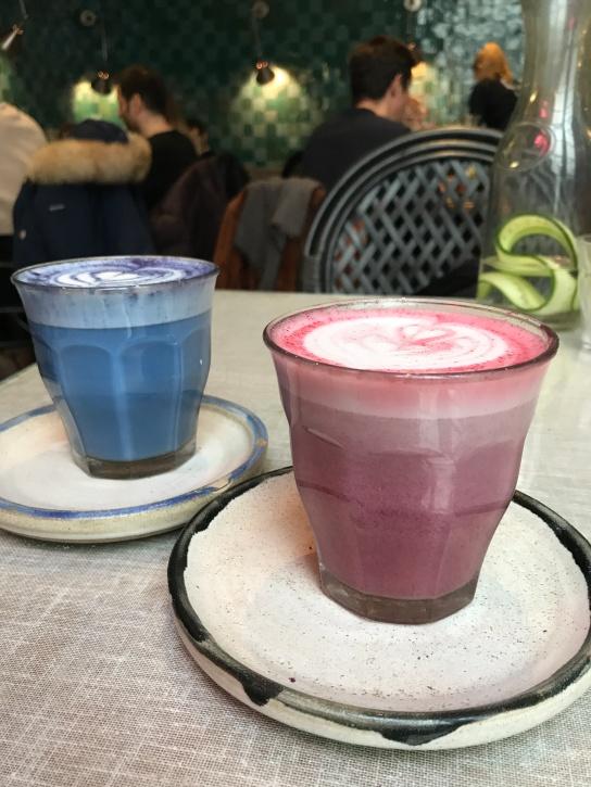 Farm Girl'ün renkli latteleri
