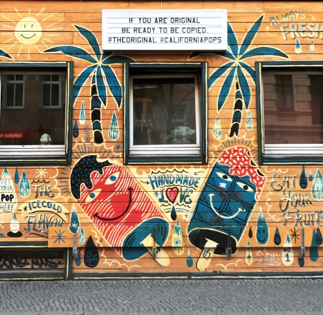 California Pop Berlin Kreuzberg ice cream mural duvar resmi